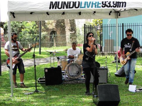 CURITIBA/PROJETO MUNDO LIVRE-MUNDO LIVRE FM/ 01/03/2015