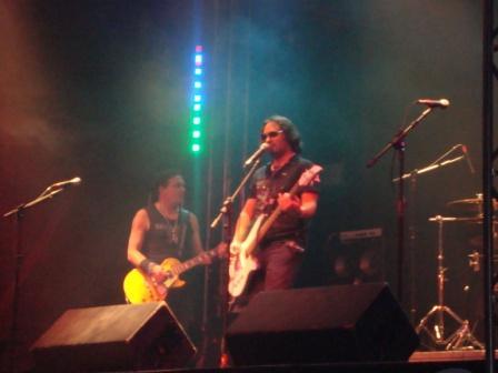 FAST 89 MUSIC LIVE / CARIOCA CLUB 29-05-2011