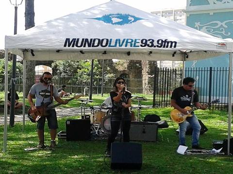 CURITIBA/PROJETO MUNDO LIVRE-MUNDO LIVRE FM/ 01/03/2015 - PR